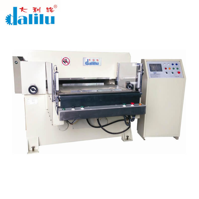 Die Cutting Machine For PVC Aluminum Foil Protective Film DLC-Y01