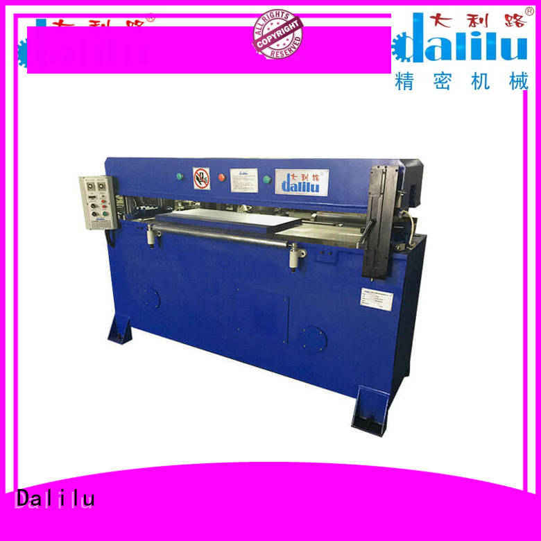 balance swing arm cutting machine factory price for handbags Dalilu