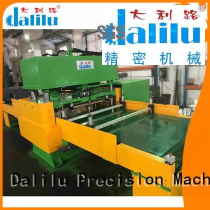 Automatic Feeding Conveyor Type Hydraulic Die Cutting Machine For Car Leather DLC-9C